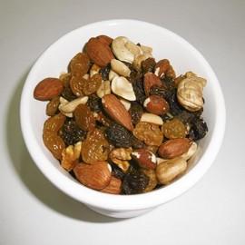 Mix de frutas con maní x 100 g